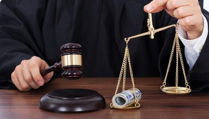 635942733559215051202612250_Corrupt-Judges.jpg